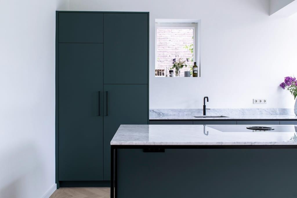 Green Fenix Kitchen With Carrara Marble Top Robert Tediek